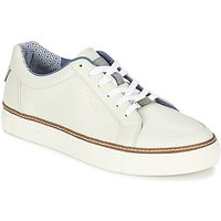 Ted Baker  ROUU  men's Shoes (Trainers) in White