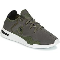 Le Coq Sportif  SOLAS SPORT  men's Shoes (Trainers) in Green