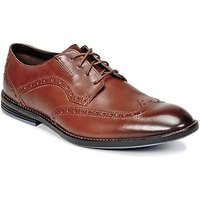Clarks  PRANGLEY LIMIT  men's Casual Shoes in Brown