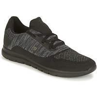 Rip Curl  ROAMER KNIT  men's Shoes (Trainers) in Black