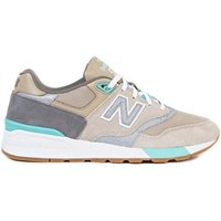 New Balance  597  men's Shoes (Trainers) in Beige