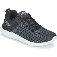 Umbro  FURIAH  men's Shoes (Trainers) in Black