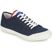 Le Coq Sportif  NATIONALE  men's Shoes (Trainers) in Blue