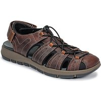Clarks  BRIXBY COVE  men's Casual Shoes in Brown