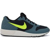 Nike  Nightgazer LW SE  men's Shoes (Trainers) in multicolour